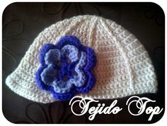 Gorro niña tejido a Crochet, disponible en lana y algodón.
