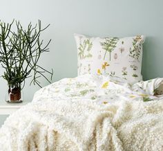 STRANDKRYPA Duvet Cover and Pillowcases from IKEA