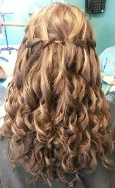 Pageant hair fit for preteen or junior teen!