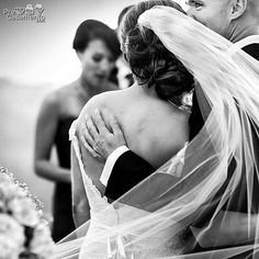 Lanny Mann CEREMONY (Cerimônia) Lanny Mann | Two Mann Studios | Canmore Alberta Canadá precasamento.com #precasamento #sitedecasamento #bride #groom #wedding #instawedding #engaged #love #casamento #noiva #noivo #noivos #luademel #noivado #casamentotop #vestidodenoiva #penteadodenoiva #madrinhadecasamento #pedidodecasamento #chadelingerie #chadecozinha #aneldenoivado #bridestyle #eudissesim #festadecasamento #voucasar #padrinhos #bridezilla #casamento2017 #casamento2018