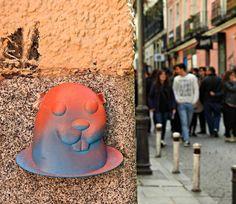 Take it!  #Streetart #ArteurbanoMadrid #Madridstreetart #Arteurbano #Madrid #Urban #Urbano #Wall #Wallart #spraycanart #spraycan #graffitigers #graffiti #graffitiart #graffitiporn #street #streetartistry #streetartist #Malasaña by thirtythreecs