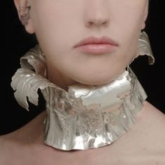 Catherine Clark: Acanthus, 2008  Silver neckpiece  Dimensions: 14 inches  Photographer: Tom Mcinvaille  The Goldsmiths' Company