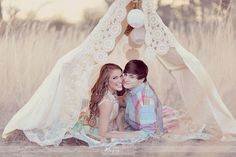 i would love to make a little lace tent for a wedding photo : )