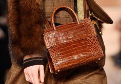 Conheça a Horizon, nova it-bag da Givenchy