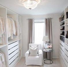 14 Walk In Closet Designs For Luxury Homes - Kleiderschrank ideen, 14 Walk In Closet Designs For Luxury Homes The best of luxury closet design in a selection curated by Boca do Lobo to inspire interior designers looki. Dressing Room Closet, Dressing Room Design, Dressing Rooms, Walk In Closet Design, Closet Designs, Wardrobe Design, Master Bedroom Closet, Bedroom Closet Design, Diy Bedroom