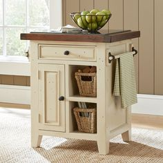 Kitchen cart Kitchen islands and Kitchens Our favorite kitchen decorating ideas with carts and island. Small Kitchen Cart, Kitchen Island Cart, Small Space Kitchen, Diy Kitchen, Kitchen Islands, Small Spaces, Awesome Kitchen, Kitchen Carts, Farmhouse Cabinets