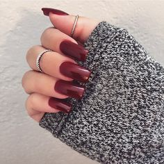American Manicure Nails are The New Nail Trend – Perfect Nails, Gorgeous Nails, Love Nails, Red Nails, How To Do Nails, Pretty Nails, Hair And Nails, Fall Nails, Garra