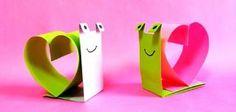 Voici un petit tutoriel vidéo simple pour réaliser un escargot d\\\'amour en papier. Une fois que vous aurez compris la technique, vous pourrez facilement réaliser un escargot en papier adorable. Intérêt : découpe et créationMatériel : papier de couleur