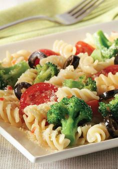 Easy Pasta Salad—How easy is this pasta salad? Three steps. 20 minutes (including pasta cook time.) That easy!