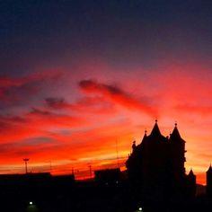 A romantic sunset in Abruzzo ♥    Thanks to Valerio Abbonzio -Montesilvano (PE)