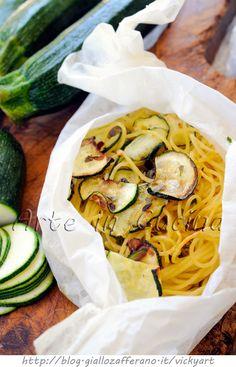 Spaghetti al cartoccio con zucchine facile e veloce vickyart arte in cucina