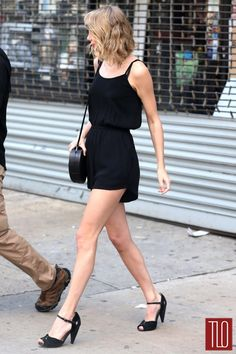 Taylor-Swift-GOTS-NYC-MINKPINK-Romper-Tom-Lorenzo-Site-TLO (4)