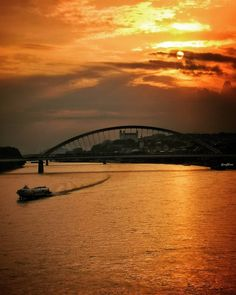 Sunset over Bratislava - Beautiful places for vacation and trip. Bratislava, Sydney Harbour Bridge, Sunsets, Photo S, Travel Photography, Beautiful Places, Castle, Europe, Vacation