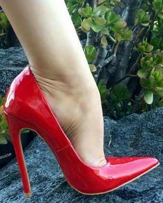 Sexy High Heels, Extreme High Heels, Frauen In High Heels, Beautiful High Heels, Hot Heels, High Heels Stilettos, Womens High Heels, Stiletto Heels, Classy Heels