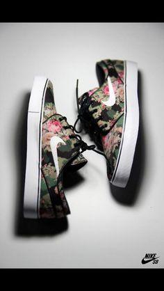 Floral Nike Stefan Janoski's