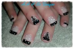 Nails done by Angelique Allegria. #christmas #tree #black #french #dots #nailart #BeUnique @angiedsa