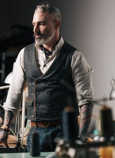 Introducing our doubled breasted canvas waistcoat with lambskin leather piping Made in USA Extended sizes available for special order. Contact info@sheehanandcompany.com for more information. *MADE TO