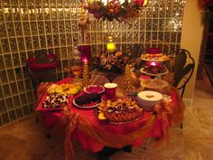 Christmas Buffet Tablescapes | Life and Linda: Let there be more! Christmas Decor