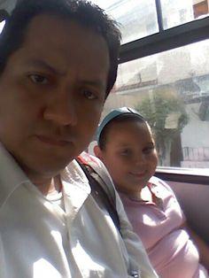 Con mi sobrina en el camion