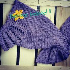 Crochet mermaid tail! ! Crochet Mermaid Tail, Baby Girls, Crochet Hats, Fashion, Knitting Hats, Moda, Fashion Styles, Little Girls, Toddler Girls
