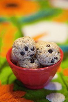 No-bake, low-sugar, EASY energy/protein bites