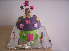 Magic Toadstool cake out of WW Party Cake book - help! - Parties for Under 5s - Essential Baby