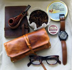 Leather pipe and #tobacco pouch by #SorringowlandSons (Etsy shop).