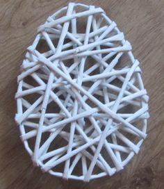Rękodzieło - papierowa wiklina i nie tylko;): Kursik - jajo z papierowej wilkiny