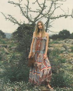 Free-spirited soul #ETRO #ETROWoman #ETROEditorials #AnnabelleMagazine