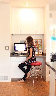 Kitchen Tour: Shelby and Joe's Fabulous Family Kitchen Kitchen Office Nook, Kitchen Desk Areas, Kitchen Desks, Kitchen Redo, Kitchen Layout, Computer Nook, Desk Nook, Wall Nook, Corner Desk