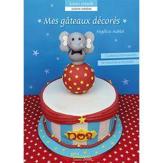 Ce livre propose des gâteaux colorés sur différents thèmes pour des anniversaires inoubliables avec un éléphant et sa balle de cirque, un ourson marin, une couronne de princesse, un pain d'épice et sucrerie, un poney et sa prairie, un chapeau magique, un arc en ciel et papillons, un nuage et des ballons, une petite abeille, un singe, une pieuvre et son paradis aquatique, un donjon et un petit dragon... qui raviveront les plus petits. http://boutique-creapassions.com/index.php?livre=468&