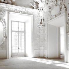 February sun | white interior light architecture baroque