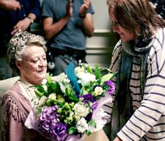 dontbesodroopy:  Maggie Smith's last day filming Downton Abbey