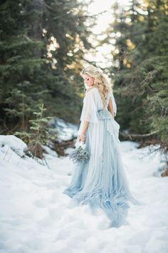Whimsy And Romantic Cinderella Bridal Shoot - Weddingomania