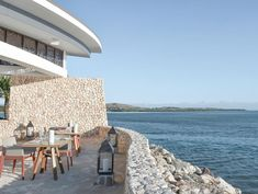 Fish bar at the Marriott Momi Bay in Fiji 📷designedbyolga Project Ideas, Projects, Fiji, Outdoor Furniture, Outdoor Decor, Sun Lounger, Album, Bar, Building
