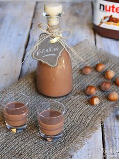 Nutellino Source by Homemade Frappuccino, Homemade Liquor, Easy Smoothie Recipes, Smoothie Drinks, Nutella, Peanut Brittle Recipe, Salted Chocolate Chip Cookies, Coconut Milk Smoothie, Jus Detox