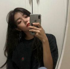 cute girl ulzzang 얼짱 hot fit pretty kawaii adorable beautiful korean japanese asian soft grunge aesthetic 女 女の子 g e o r g i a n a : 人 Ullzang Girls, I Love Girls, Cute Girls, Korean Girl Photo, Cute Korean Girl, Asian Girl, Aesthetic People, Aesthetic Girl, Korean Aesthetic