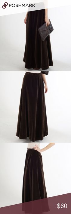 """v i n t a g e 70s brown velvet maxi Vintage 1970s brown velvet formal maxi skirt. Perfect for holiday parties! Excellent vintage condition. No size marked; best fits 2 or 4. Please refer to measurements for exact fit. Waist 26"""", hips 34"""", length 41"""". Vintage Skirts Maxi"""