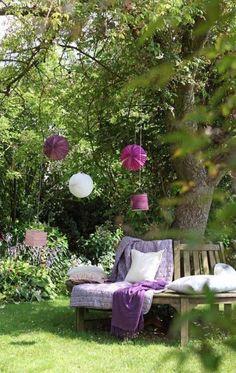 A secluded backyard garden....full of peace