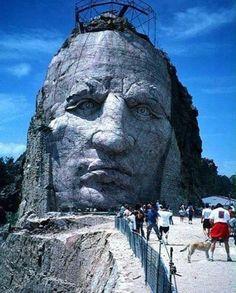 Crazy Horse Memorial, South Dakata - reasons to visit Hot Springs, South Dakota Statues, Native American History, American Indians, Native American Horses, Places To Travel, Places To See, South Dakota Travel, North Dakota, Crazy Horse Memorial