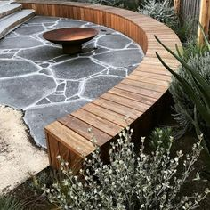 garden seating 25 Unique And Beautiful Rounded Wooden Bench Ideas To Make Your Garden Become Amazing GooDSGN Fire Pit Seating, Fire Pit Area, Garden Fire Pit, Fire Pit Backyard, Garden Pond, Deck Fire Pit, Fire Pit Furniture, Garden Furniture, Bluestone Paving