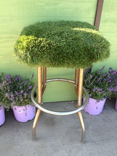 Artificial turf stool Fun FUN ... Stdepot.com sells remnants for little projects like these!