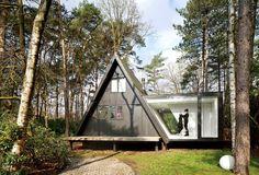 cabaña tradicional transformada en un contemporáneo hogar minimalista