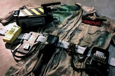 Gear up! 1984 Ghostbuster uniform and equipment Ghostbusters Trap, Extreme Ghostbusters, Duffer Brothers, Netflix Tv, Movie Props, Party Fun, Long Live, Best Part Of Me, Stranger Things