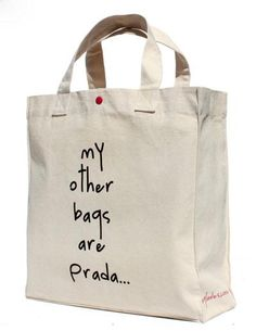 Diseño personal… y con humor - Note Tutorial and Ideas Diy Tote Bag, Reusable Tote Bags, My Other Bag, Painted Bags, Jute Bags, Fabric Bags, Shopper Bag, Cotton Bag, Cotton Canvas