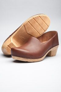 The Dansko Marisol Brandy Full Grain