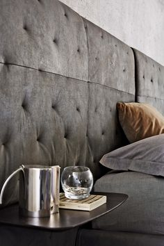 There are many different #headboards that you can match with shelves  #Ecléctico  #ditreitalia #newproducts #bed #design #cozy