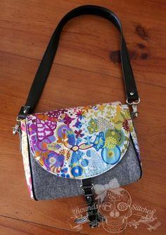 Sweet Pea Saddle Bag ~ free PDF Sewing Pattern