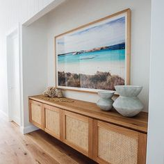Nadire Atas on Living by the Sea Kyal and Kara's Central Coast Australia home renovation - getinmyhome Coastal Living Rooms, Living Room Decor, Coastal Cottage, Dining Room, Cottage Living, Coastal Homes, Living Room Furniture Arrangement, Entry Way Design, Home And Deco