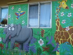 One of our wonderful murals painted on our transportable by Samantha Prentice of Mural Creations.